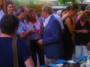 Ciudadanos concejala inauguración feria cerámica (25-06-2015)
