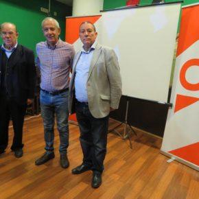 Cs aborda la despoblación y el envejecimiento en un encuentro que contó con la intervención del sociólogo José Manuel del Barrio